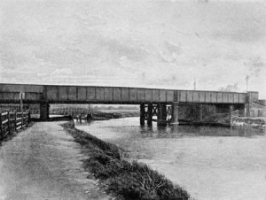 Kennington_railway-bridge