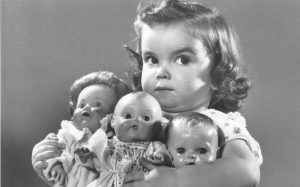 possessiveness-dolls